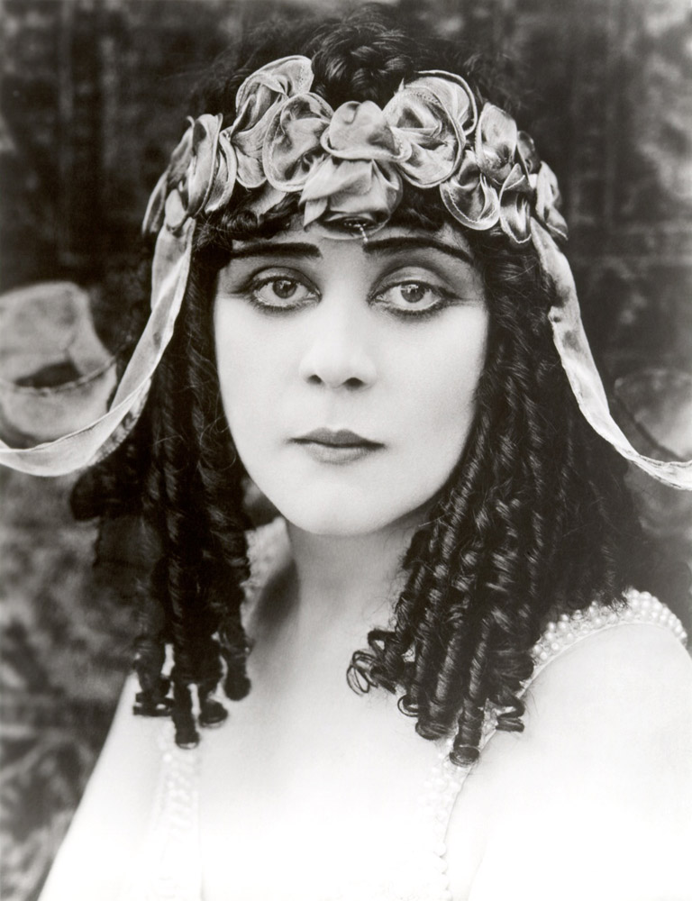 Theda Bara, http://www.flickr.com/photos/tom-margie (CC-BY-SA)